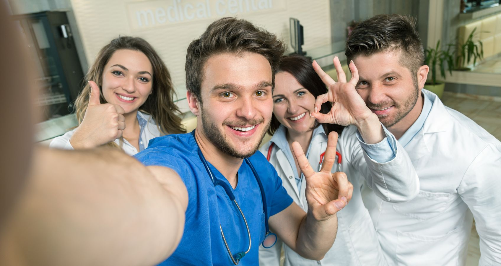 """Janice Love From Swope Health Services Talks """"Selfies"""" at ASHHRA"""